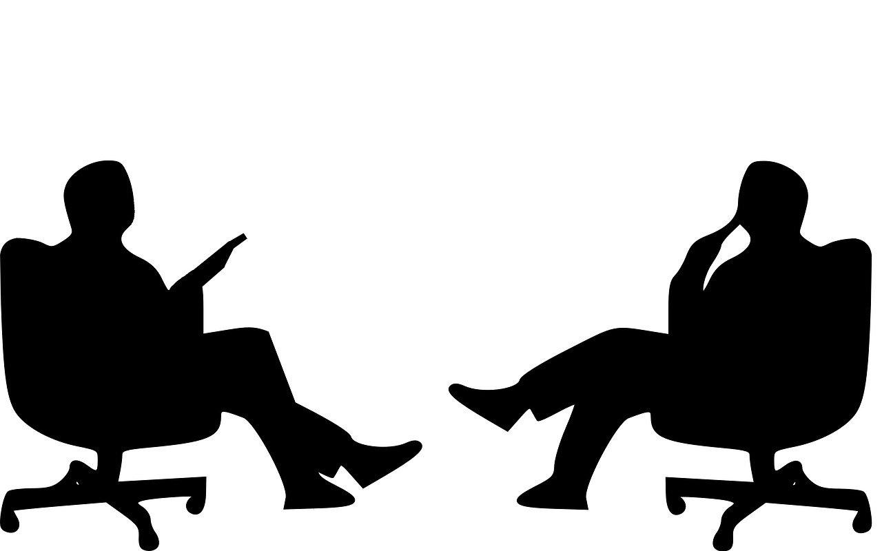 `கொரோனா துயரத்தில் உங்களுக்கு மாளிகை அவசியமா?' – பிரதமரை சாடிய முன்னாள் ஐஏஎஸ் அதிகாரிகள்